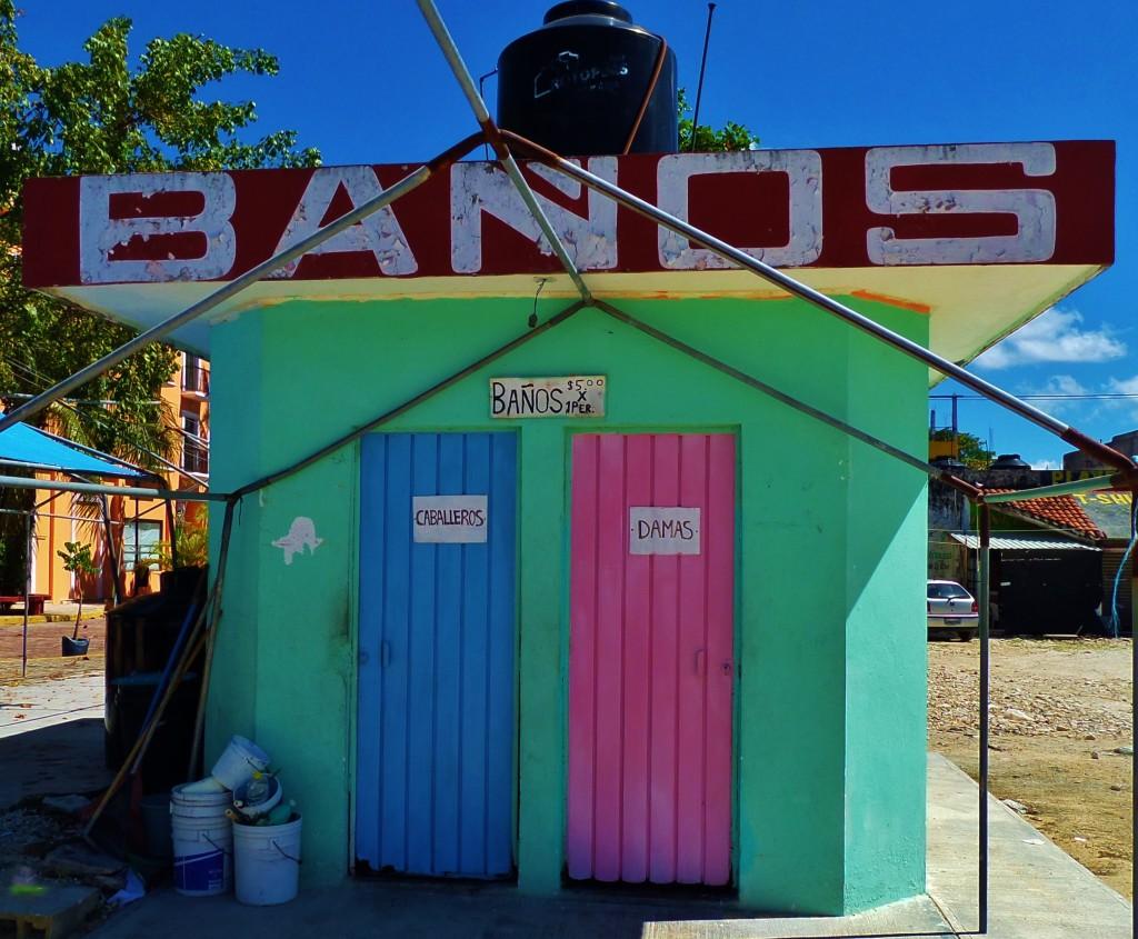 Public Bathrooms in Playa Del Carmen
