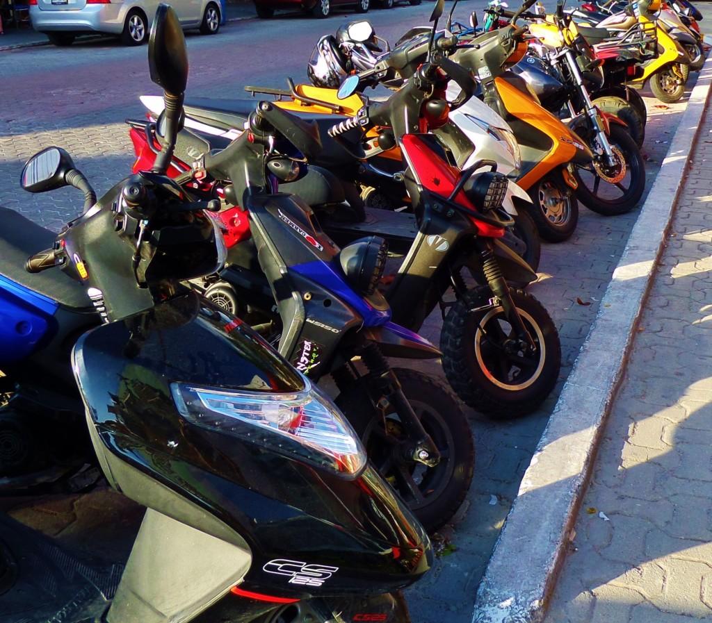 mopeds, playa del carmen