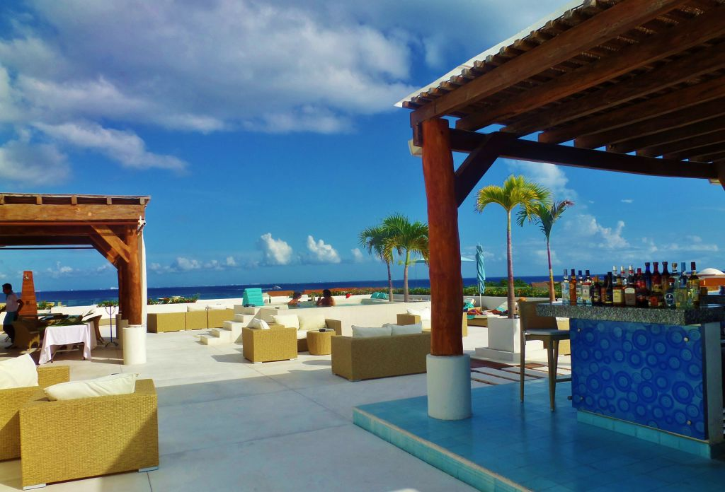 rooftop pools in Playa Del Carmen