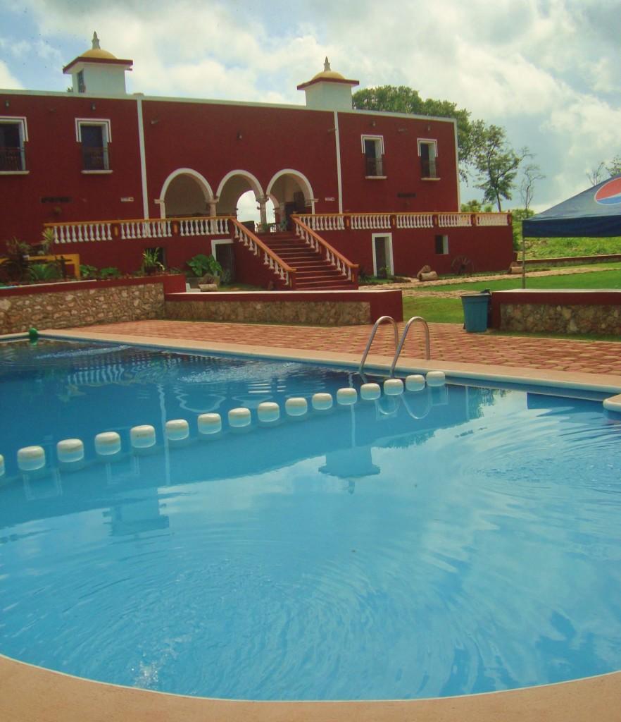 Valladolid Yucatan Hacienda san lorenzo oxman cenote pool