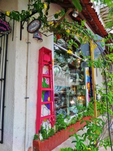 Siete detalles, Playa Del Carmen, Pewter, Talavera