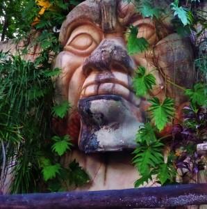 Mayan head, Playa del carmen