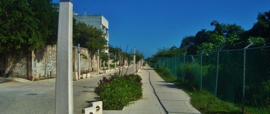 running, playa del carmen mexico