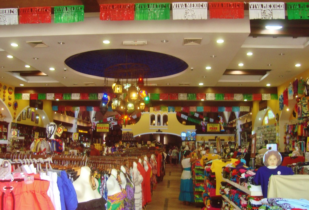 Hacienda Tequila Playa Del Carmen shoping for souvenirs