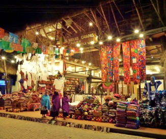 Playa del carmen shopping tour included on go cancun card.