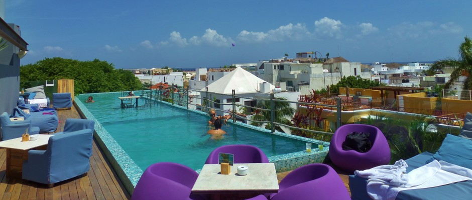 Be Playa Hotel Lounge and Rooftop pool