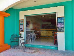 Tradiciones Comida y Postries Bakery in Playa Del Carmen