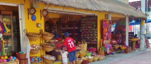 Tequila Bazar Shopping in Playa Del Carmen 5th Avenue