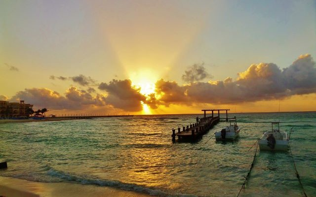 Sunrise photo in Playa Del Carmen