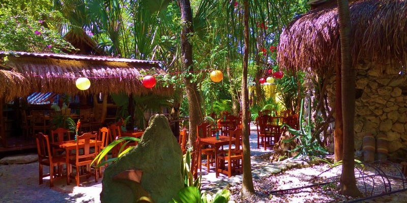 El Jardin Restaurant Garden Setting Good Food And Good