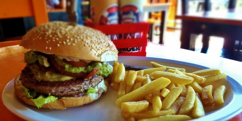 Shark Burger hamburgers Playa Del Carmen
