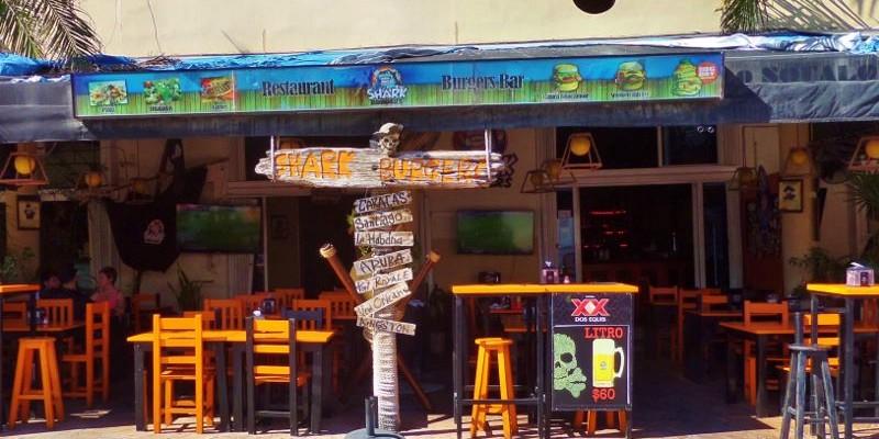 Shark Burger hamburgers Playa Del Carmen