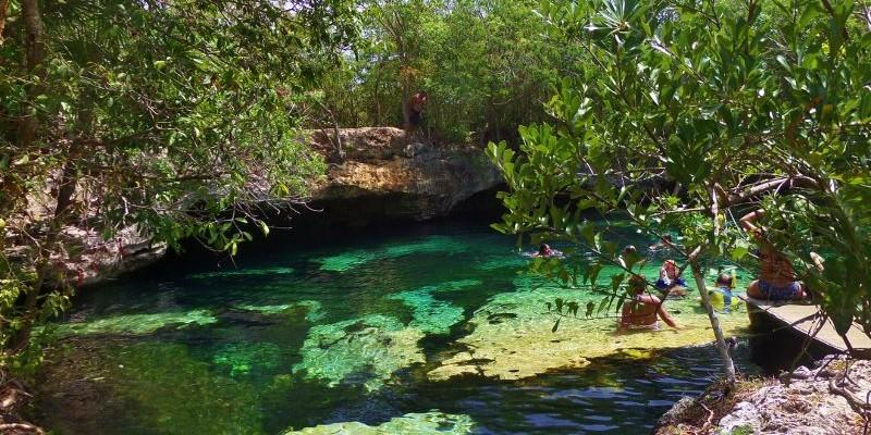 Cenote Azul Mexico Riviera Maya
