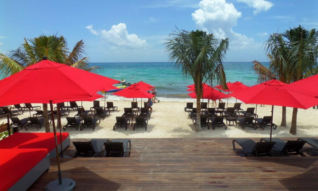 Cina Beach Club Playa Del Carmen