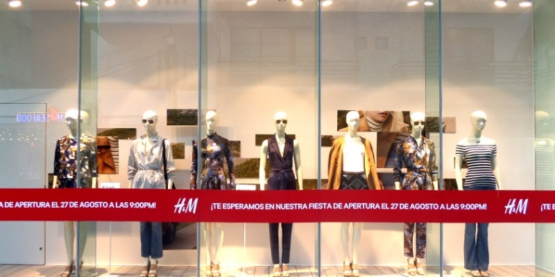 H&M Store in Playa Del Carmen