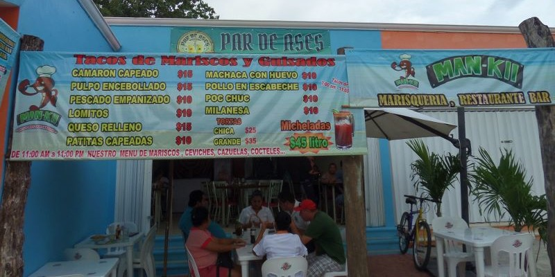 Man-Kii Seafood Restaurant in Playa Del Carmen