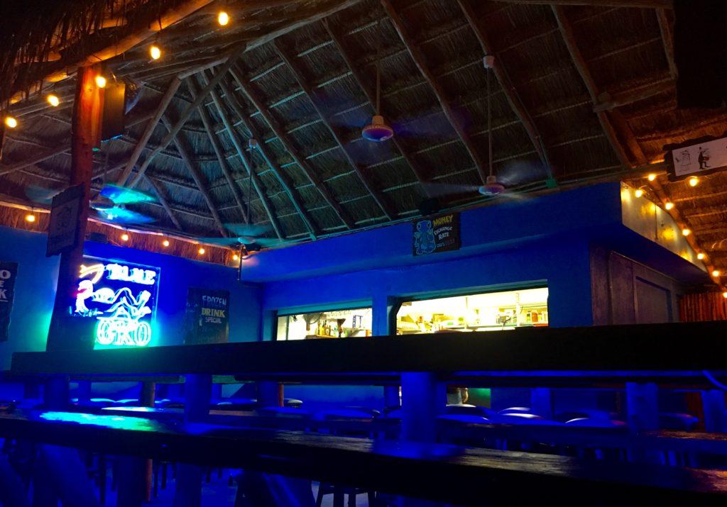 Blue Gecko Restaurant in Playa Del Carmen with Tex-Mex food