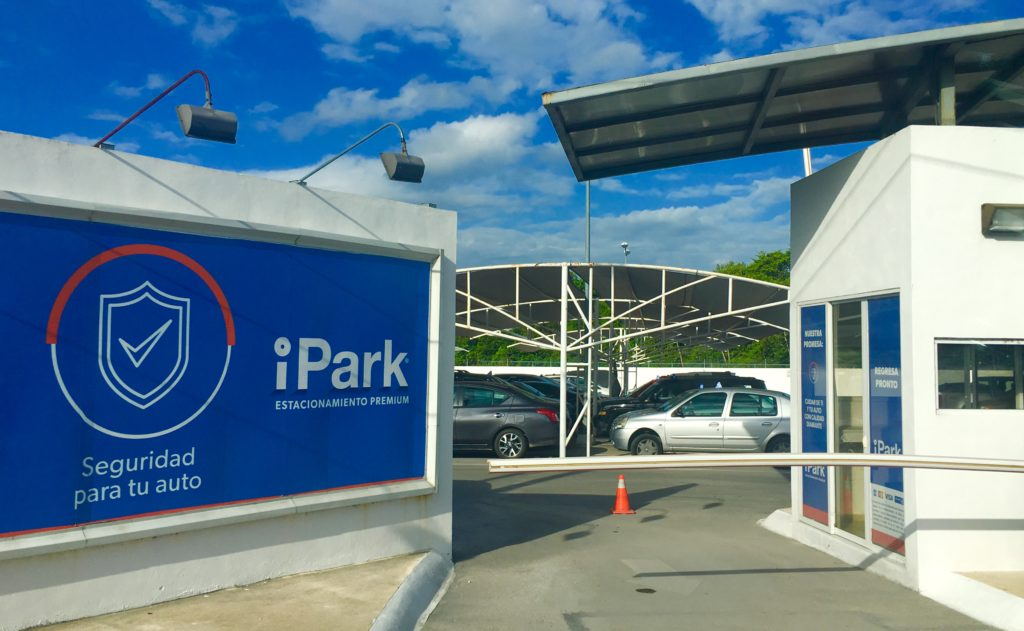 long term parking Cancun Airport