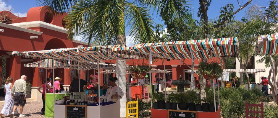 El Pueblito Market Mayakoba