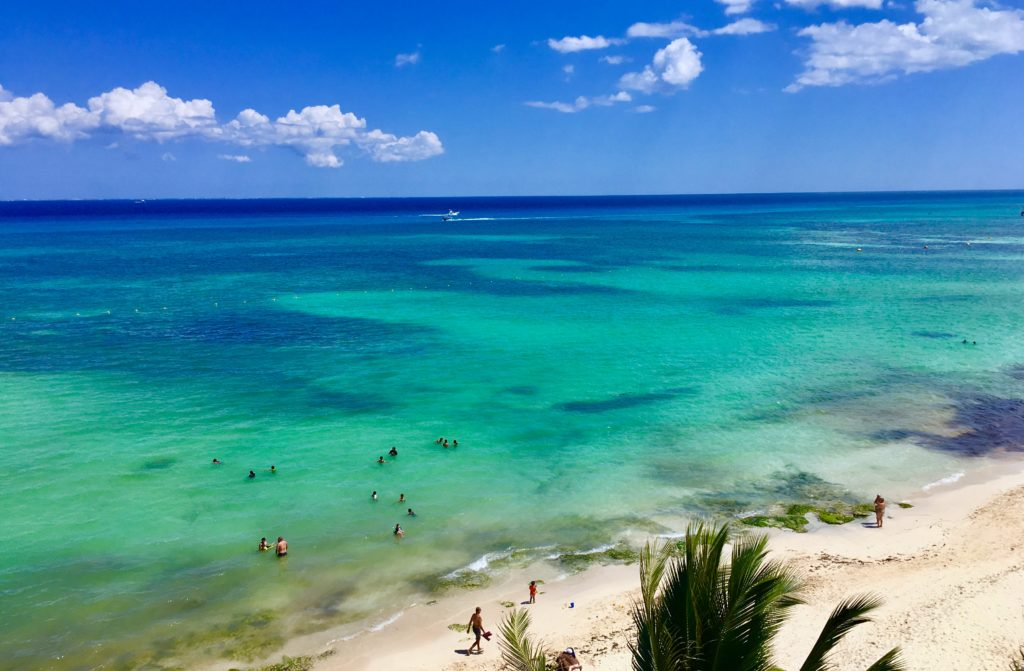 closest airport to playa del carmen