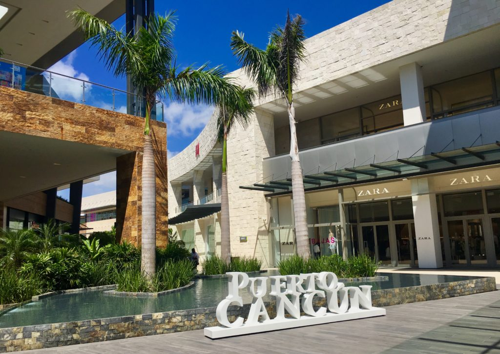 Puerto Cancun Mall
