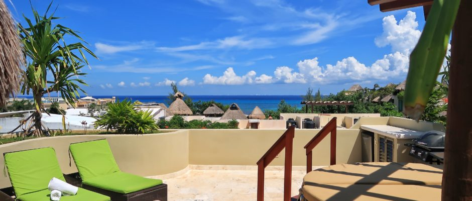 what is the best month to go to Playa Del Carmen