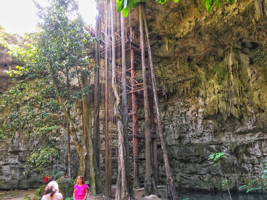 Cenote Sac Aua