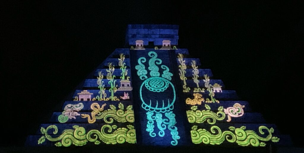 Show at night Chichen Itza