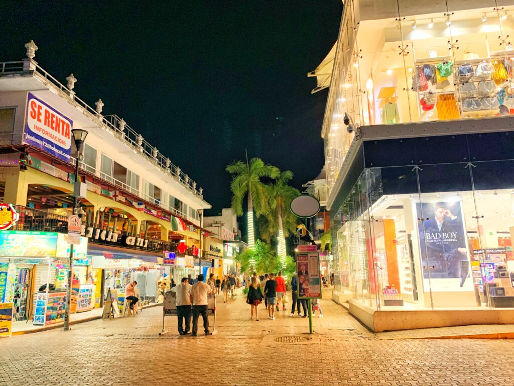 Playa Del Carmen 5th Avenue